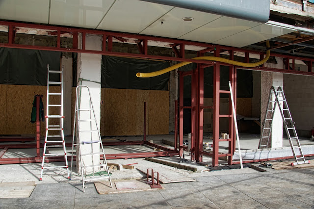 Baustelle Primark, Neugestaltung von 8.000 qm Einzelhandel, Alexanderplatz, ehemalige Saturn-Filiale, 10178 Berlin, 21.10.2013