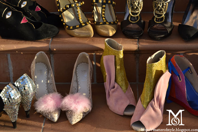 diy shoes,shoes,pumps,shoes diy,diy,fashion diy,disco shoes,glitter diy,diy glitter shoes,marras shoes,feather shoes,wang shoes