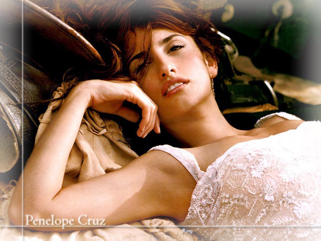 http://2.bp.blogspot.com/-HpF0qykXn8o/UIbrEjAVRoI/AAAAAAAAJwU/YeCVgLEgpBU/s1600/Penelope-Cruz-picture+11.jpg
