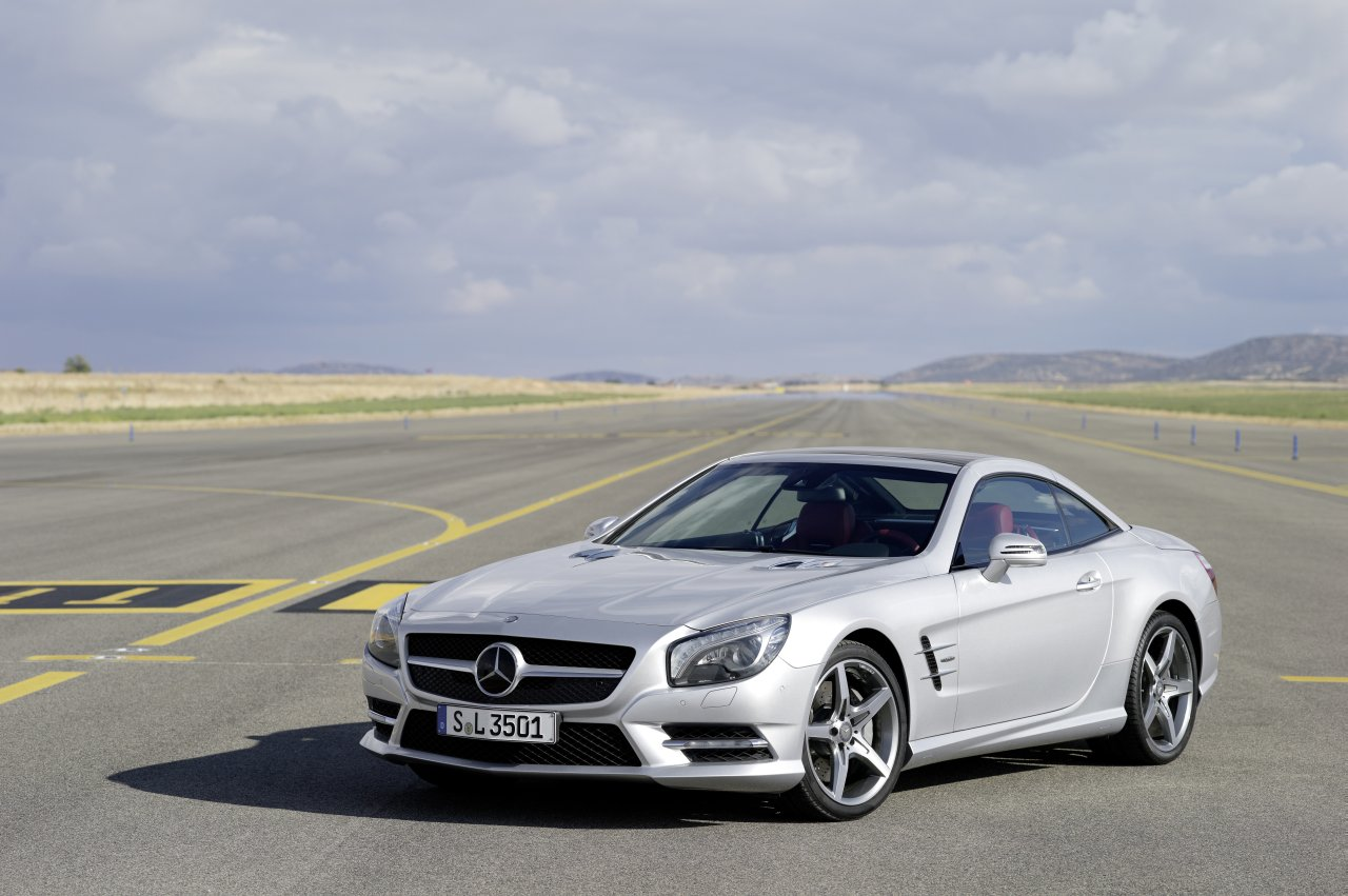 Image gallery mercedes benz sl 350 2013 for Mercedes benz sl 350 price