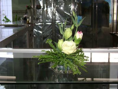 Hoa để bàn làm việc 06