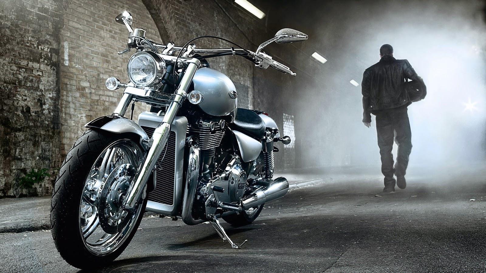 """<img src=""""http://2.bp.blogspot.com/-HpQ3FdOMZYE/U8HnF62Xd8I/AAAAAAAALl4/x7zeaEXXHGU/s1600/bike-wallpaper-hd.jpeg"""" alt=""""Bike HD Wallpaper"""" />"""