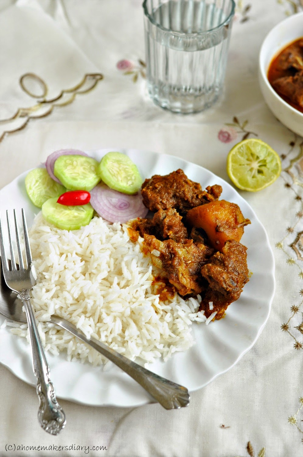 Sunday special mutton curry bengali goat meat curry a sunday special mutton curry bengali goat meat curry forumfinder Images