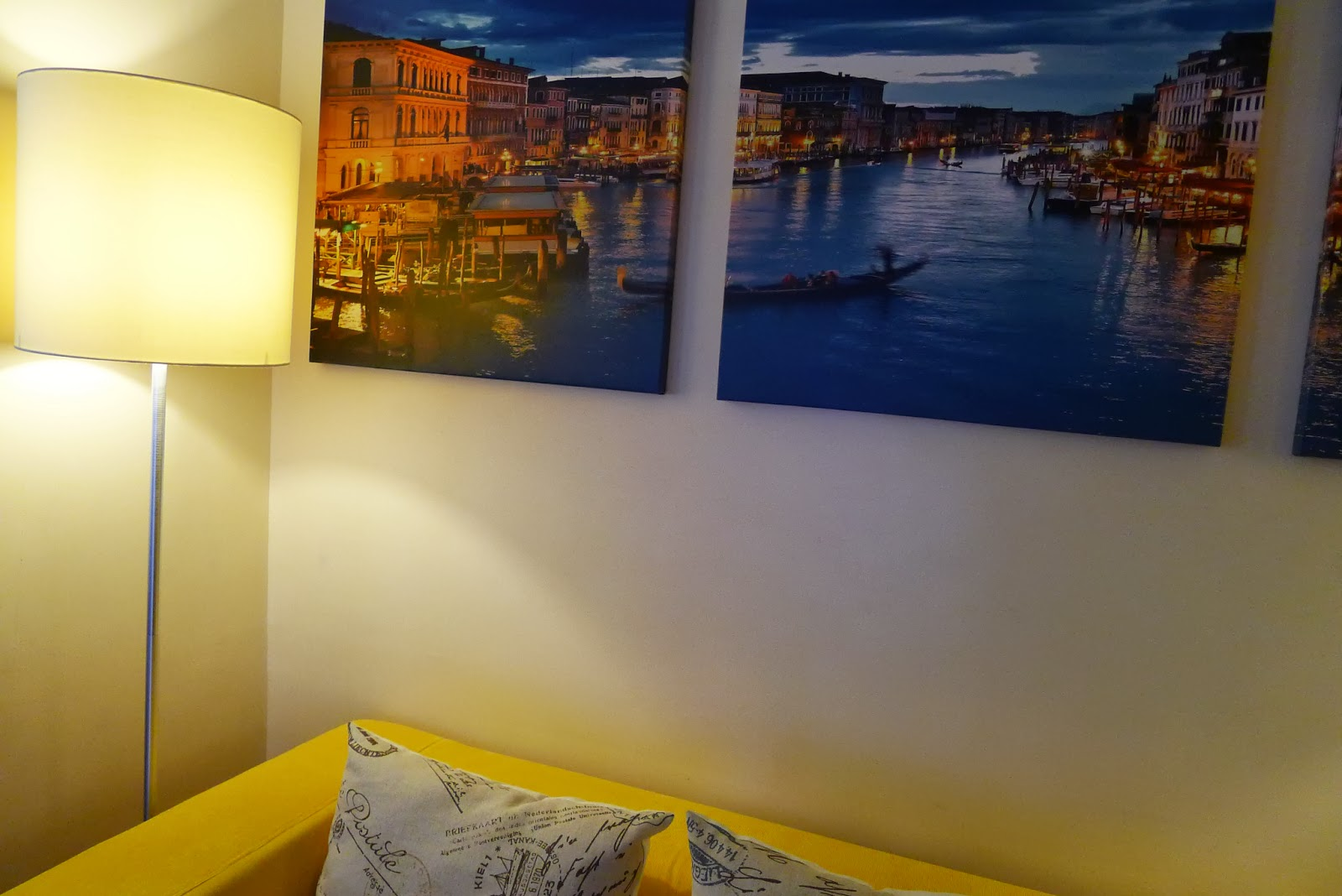 The classic klippan sofa by ikea tina villa for Ikea klippan