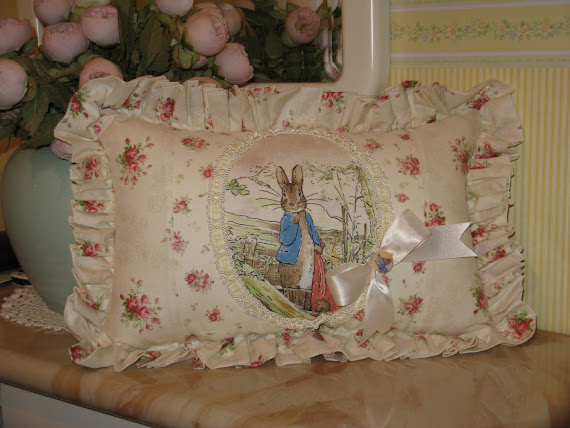 Cuscino Peter Rabbit BEATRIX POTTER