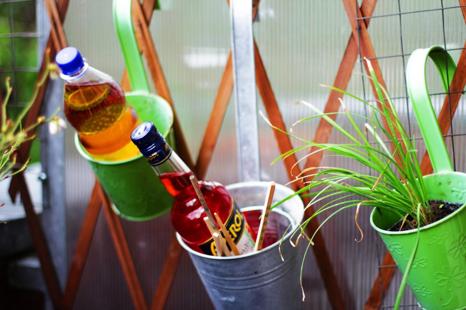 aperol flasche balkon