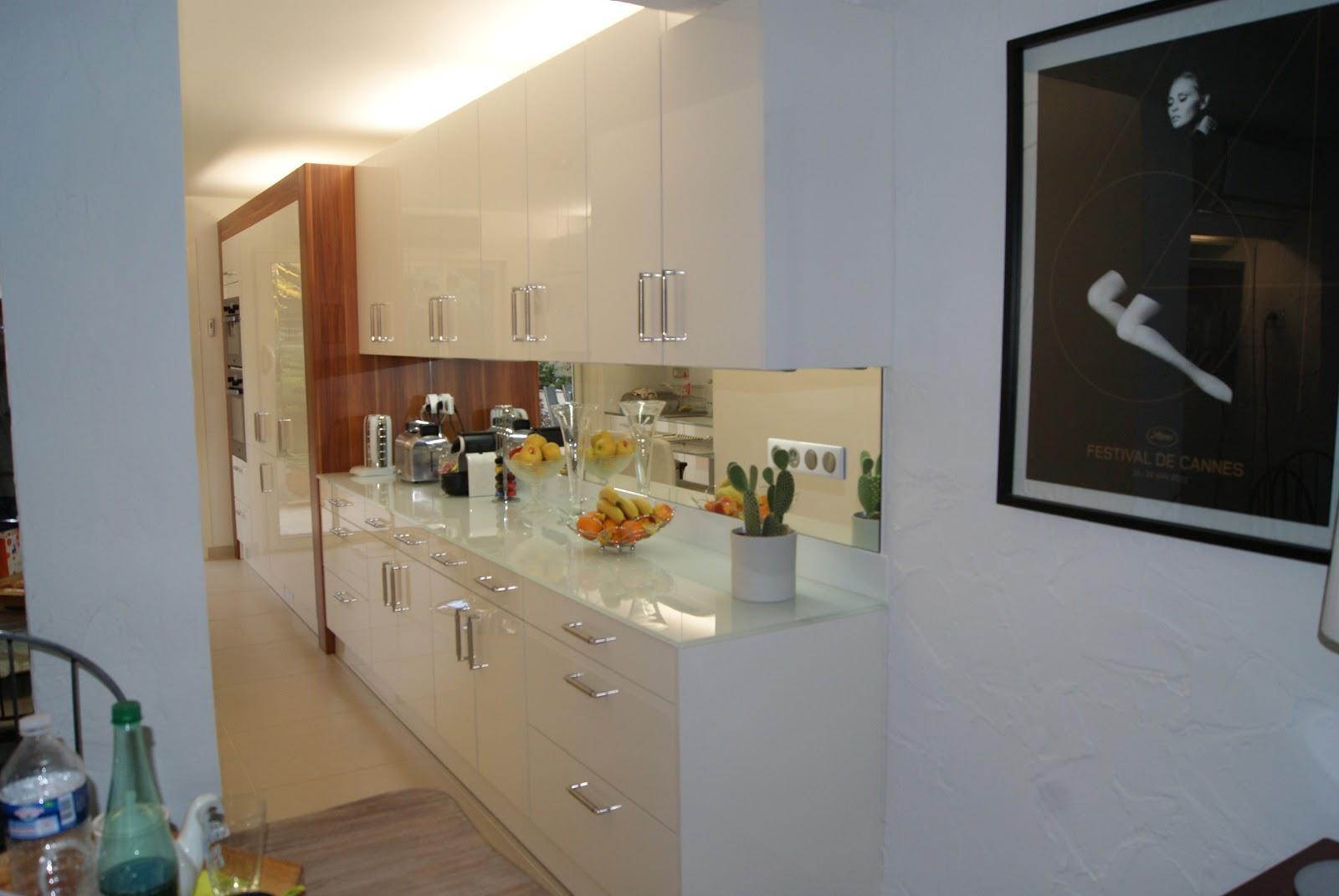 Architecture travaux cabinet donati nouvelle cuisine for Cuisines blanches laquees