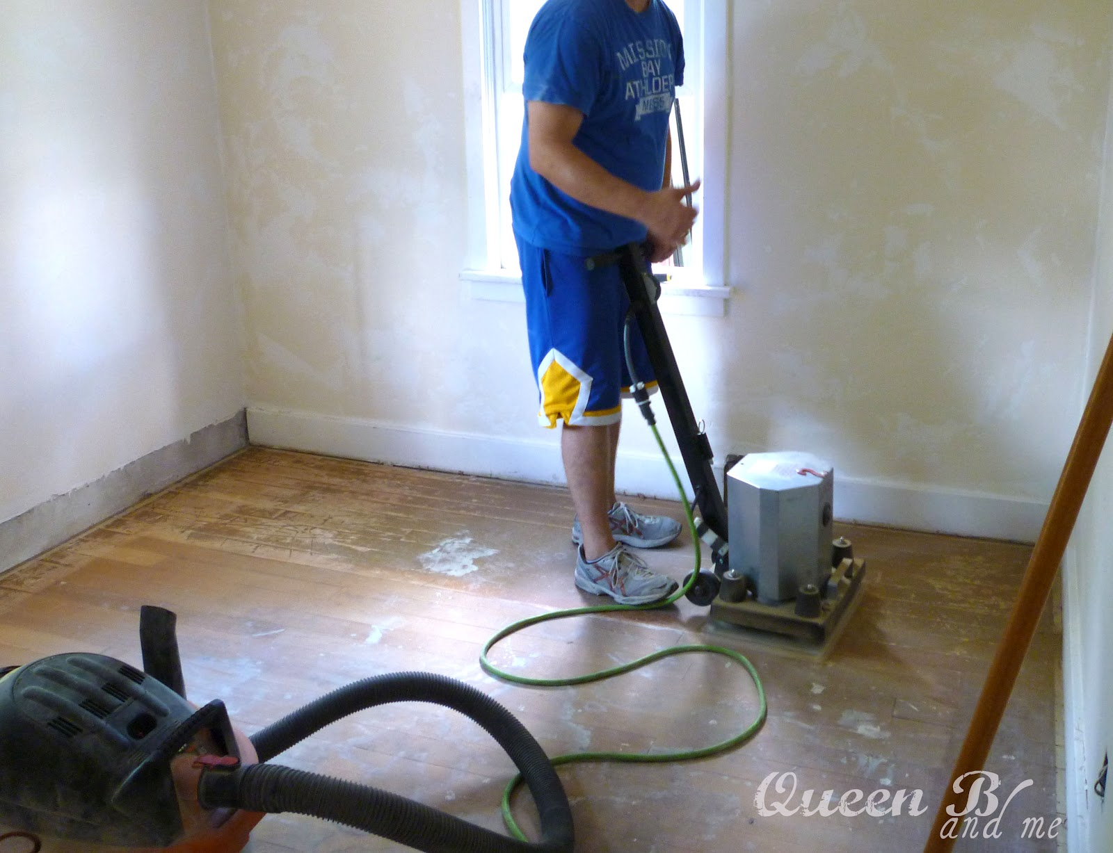 Hardwood floor sander rental flooring ideas home for Wood floor buffer rental