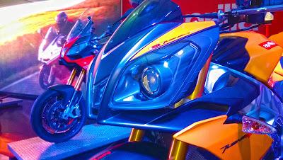Aprilia-Tuono-V4R-at-Mysore-Auto-Expo