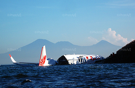 Bangkai Pesawat Lion Air 737-800