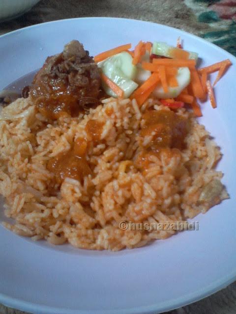 nasi tomato, ayam masak merah, acar timun