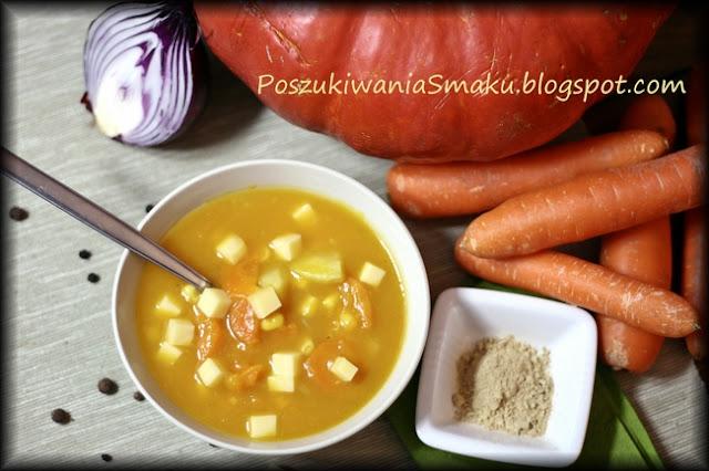 Korzenno-słodka zupa z dyni z marchewką, kukurydzą, czerwona cebulą i imbirem