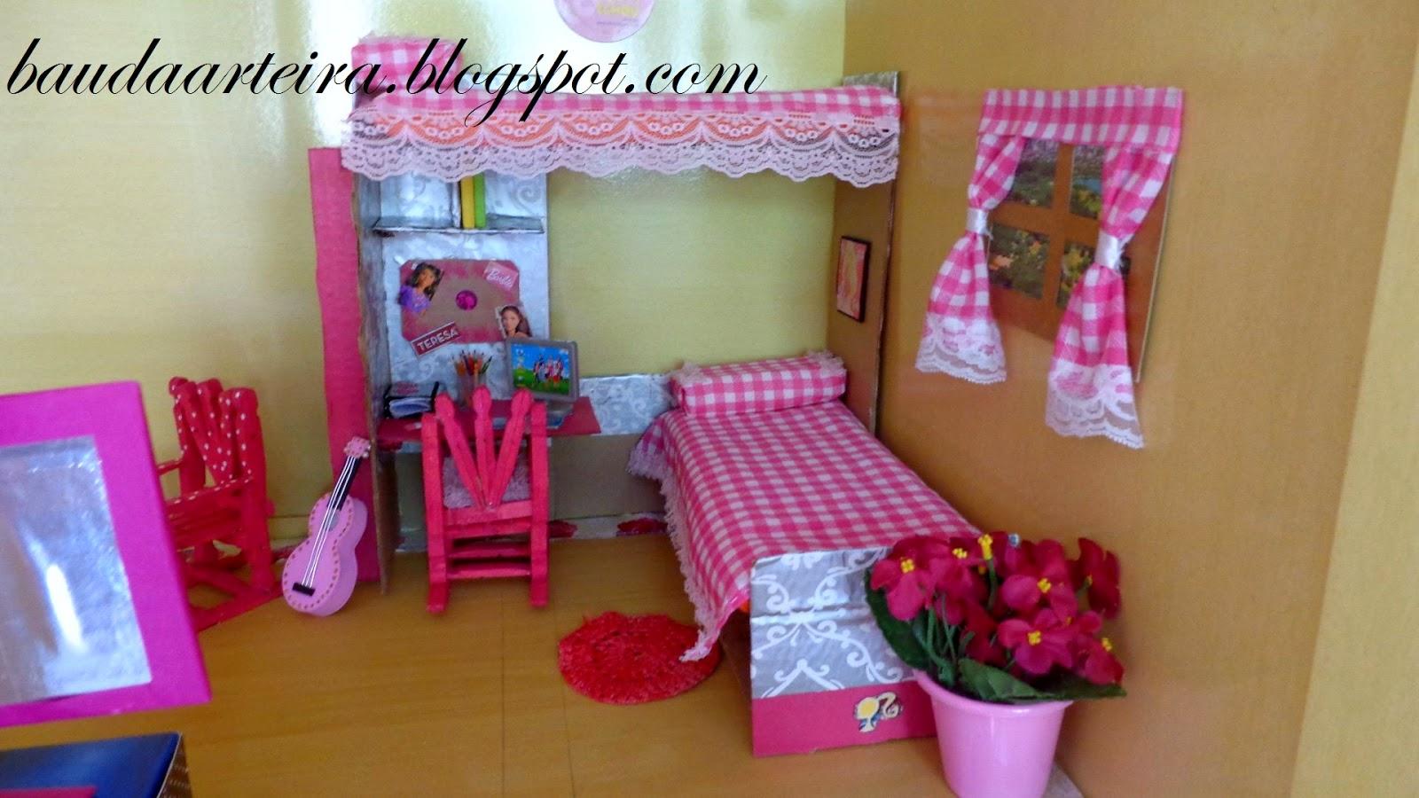 Abaixo o quarto de Violeta Middye e Barbie  #9D2E67 1600x900 Banheiro Da Barbie De Papelão