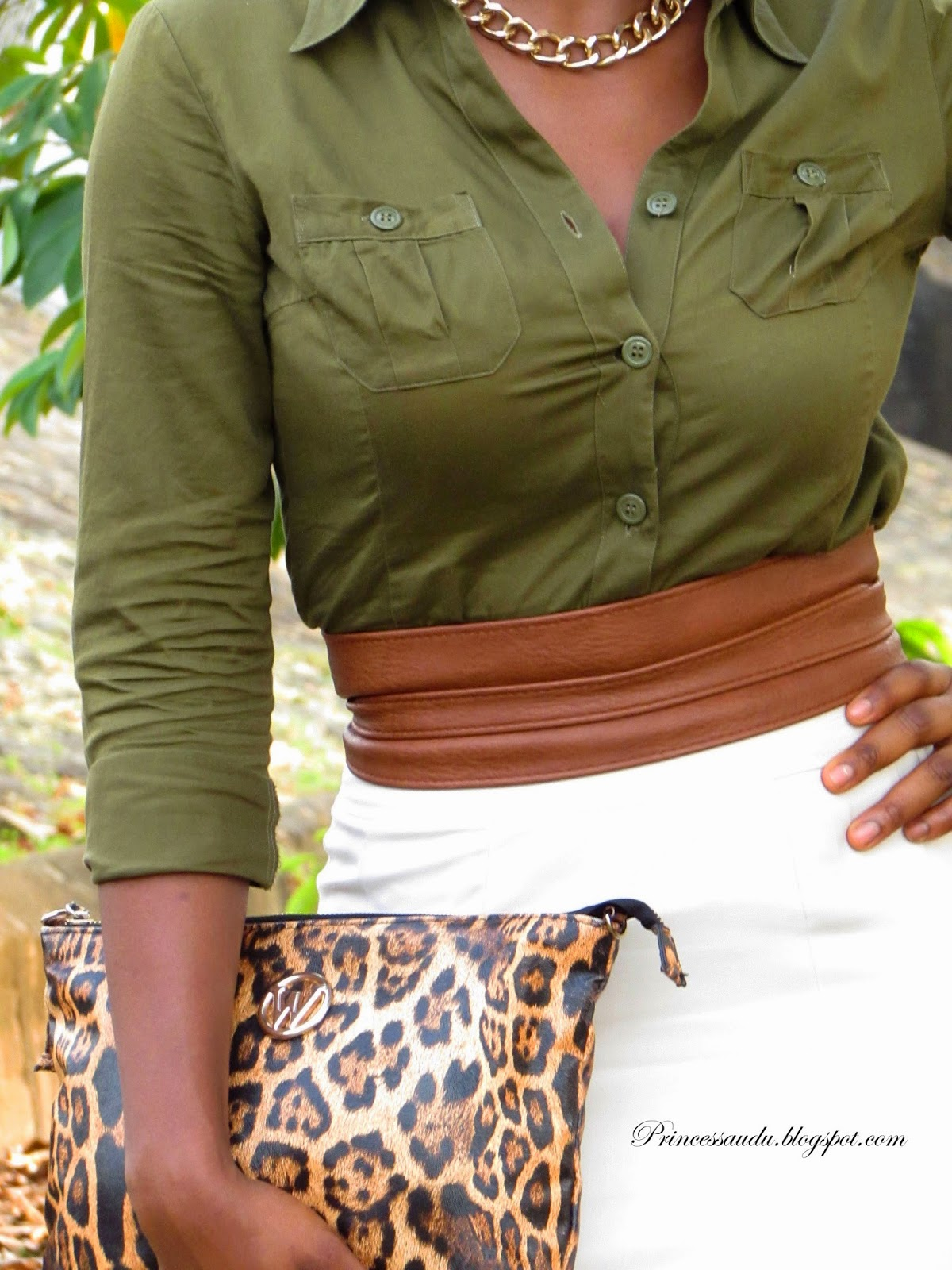 beige pencil skirt, Zara nude ankle strap sandals, khaki,leopard print clutch, army green shirt