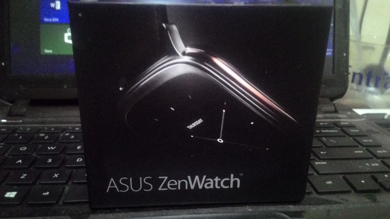 Unboxing ASUS ZenWatch