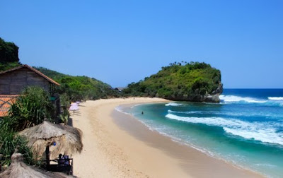32 Obyek Wisata Pantai Di Jogja dan Sekitarnya 03