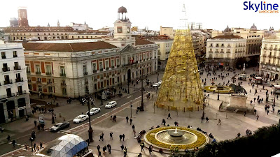 http://www.skylinewebcams.com/es/webcam/espana/comunidad-de-madrid/madrid/puerta-del-sol.html