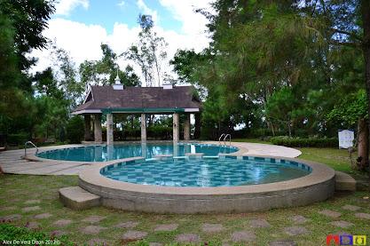 Rammmpa christmas at crosswinds resort suites - Crosswinds tagaytay swimming pool ...
