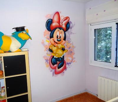 Berok graffiti mural profesional en barcelona - Habitaciones infantiles disney ...