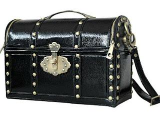 http://www.aliexpress.com/item/Amliya-Amliya-vintage-fashion-chest-one-shoulder-cross-body-women-s-handbag/1017781819.html