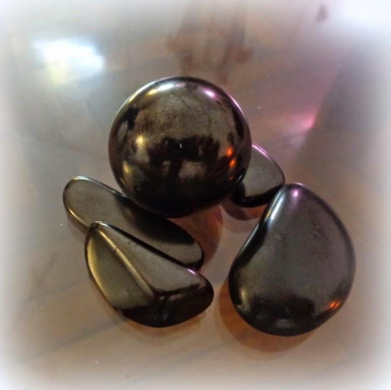 Cristales de luz shungita la piedra inteligente o - Piedras de luz ...