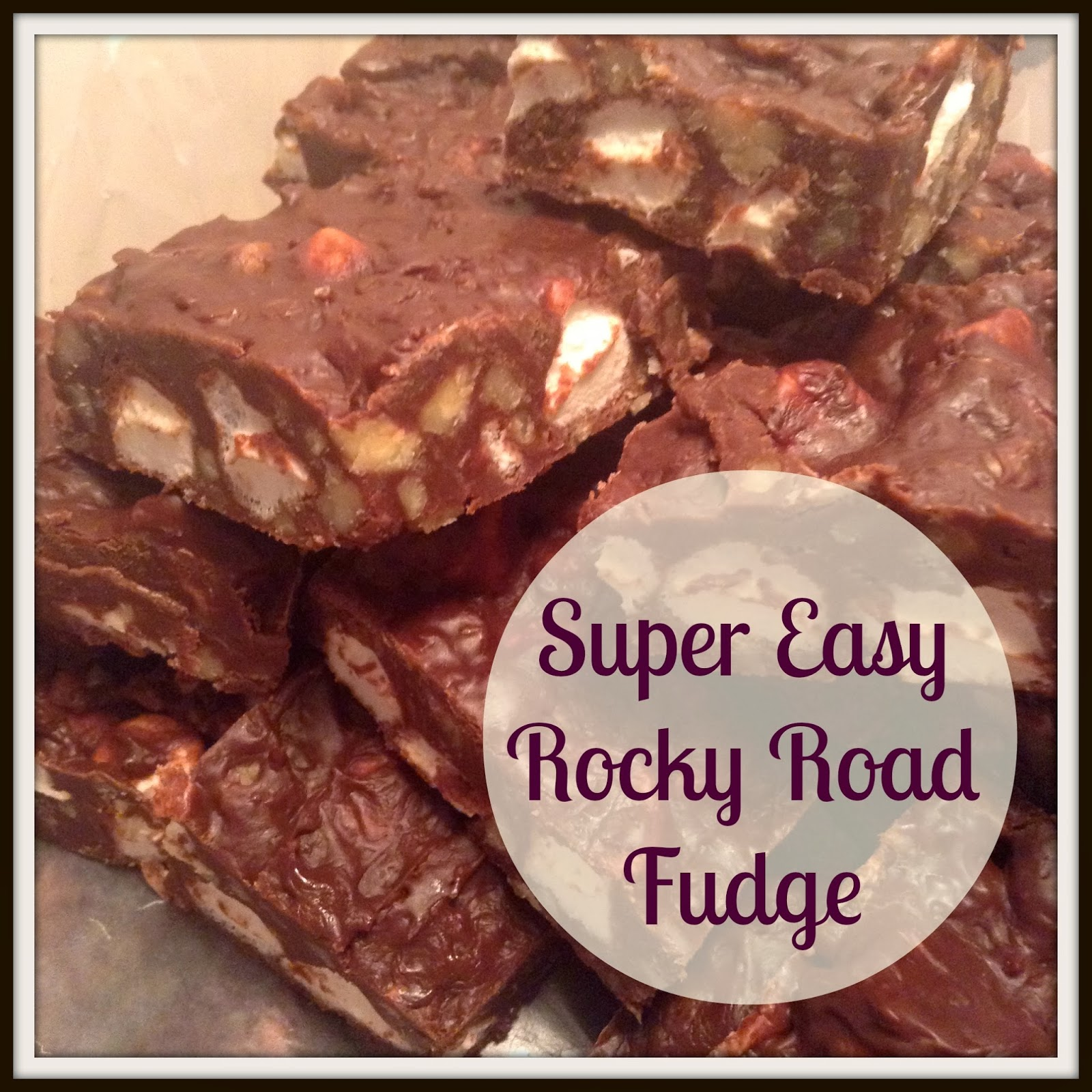 Super-Easy Chocolate Walnut Fudge Recipe — Dishmaps