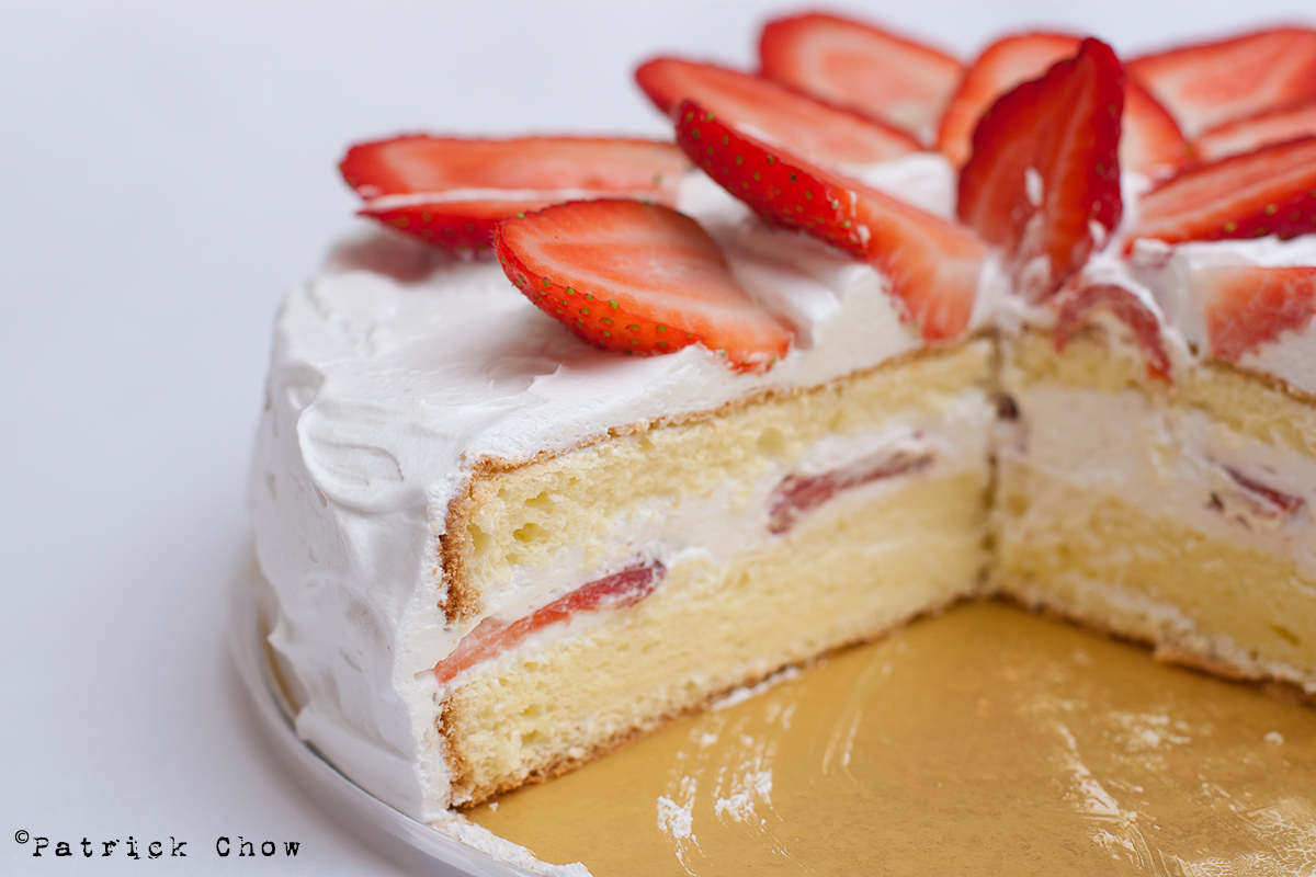 Cook With No Books: Japanese style strawberry shortcake