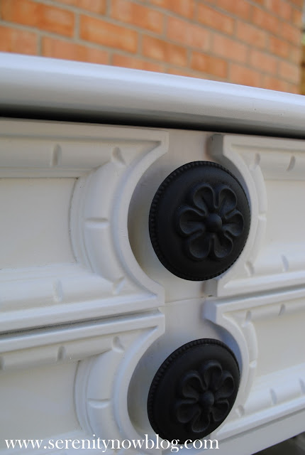 Spray Painted Knobs with Krylon Serenity Now blog