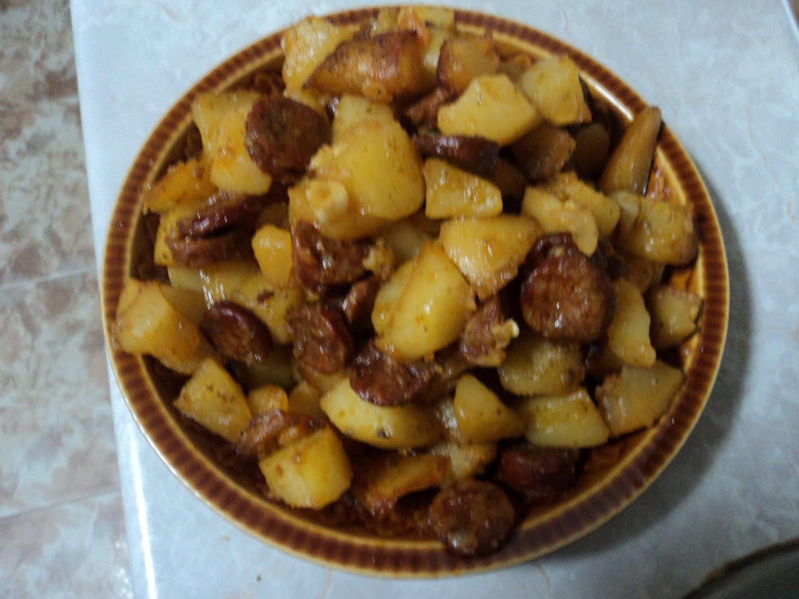 Aprendiendo a cocinar patatas con chorizo for Cocinar repollo con patatas
