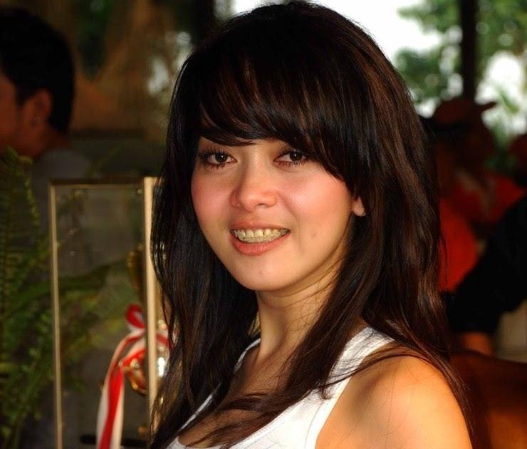 cerita hot artis indonesia cerita hot artis indonesia 100