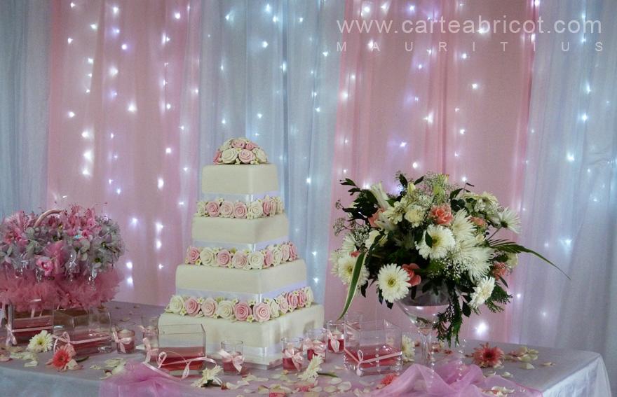 Table pour gateau mariage