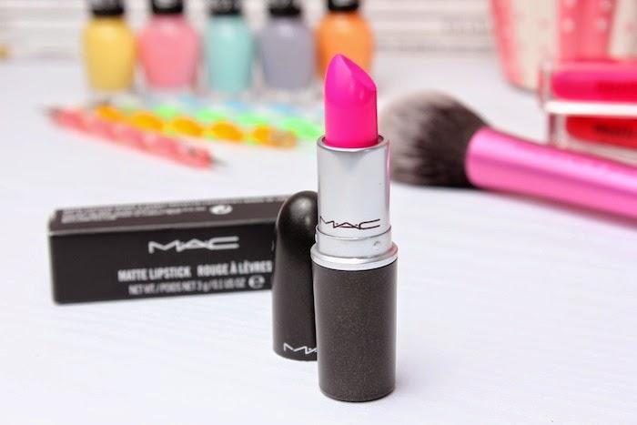 candyyumyum_mac_labial_lpstick_rosa_fluor_pink_makeup_maquillaje_angicupcakes05