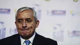 Por corrupto destituyen y encarcelan a Presidente de Guatemala