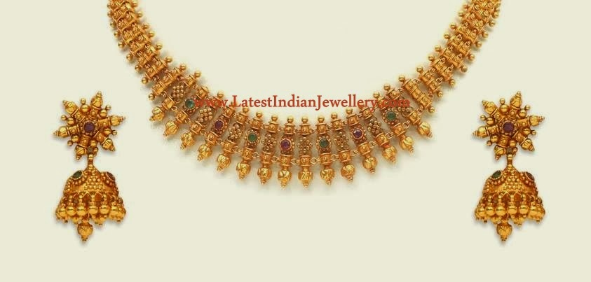 Light Weight Traditional Gold Necklace