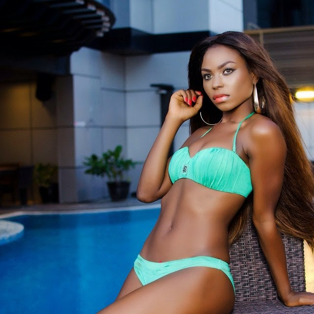 Niyola Shows Off Her Bikini Body