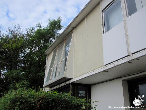 Royan - Maison Métropole 8X12.  Conception: Jean Prouvé, Henri Prouvé  Maitre d'ouvrage: Marc Quentin  Construction: 1950