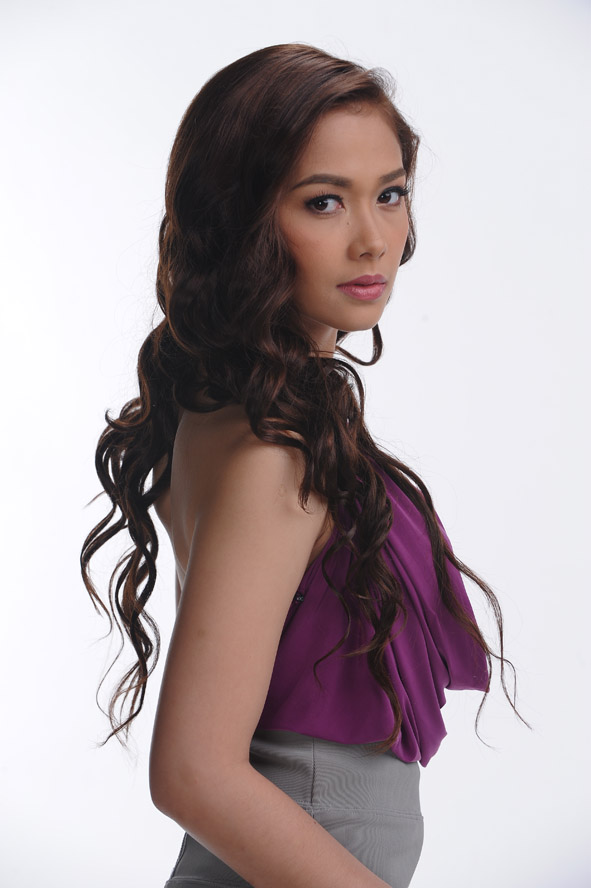 Maja Salvador - New Photos