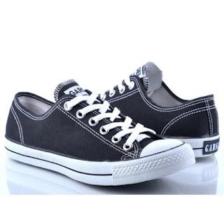 kisah sepasang sepatu