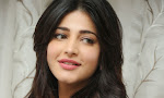 Shruti Haasan Gorgeous Photos at Yevadu Success Meet-thumbnail
