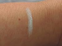 lapis sombra branco lumi cosmeticos