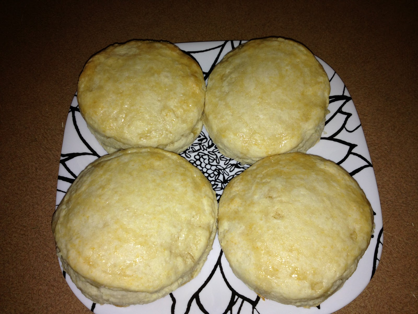 Oh, Mommy, Me: Recipes: Christine's Homemade Honey Butter Biscuits