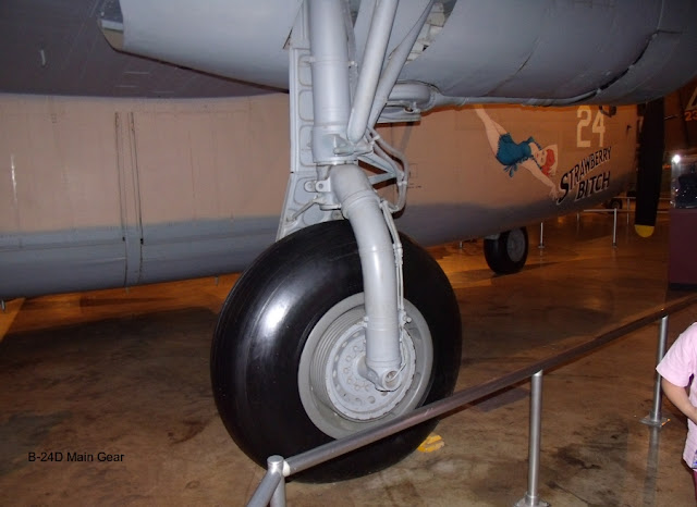 B-24 Liberator main landing gear