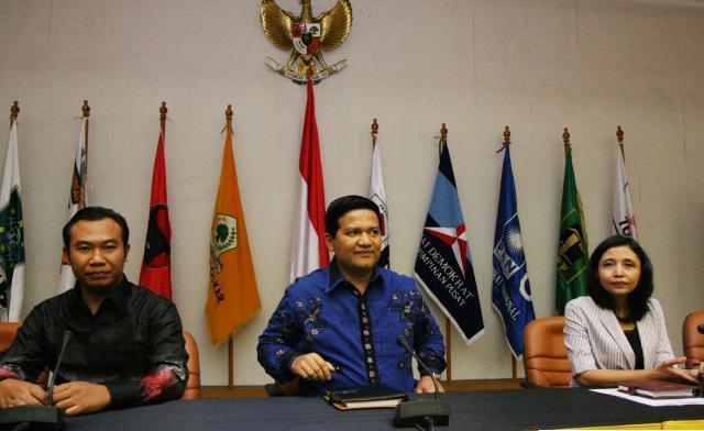 KPU Umumkan Partai Bulan Bintang Sebagai Peserta Pemilu 2014