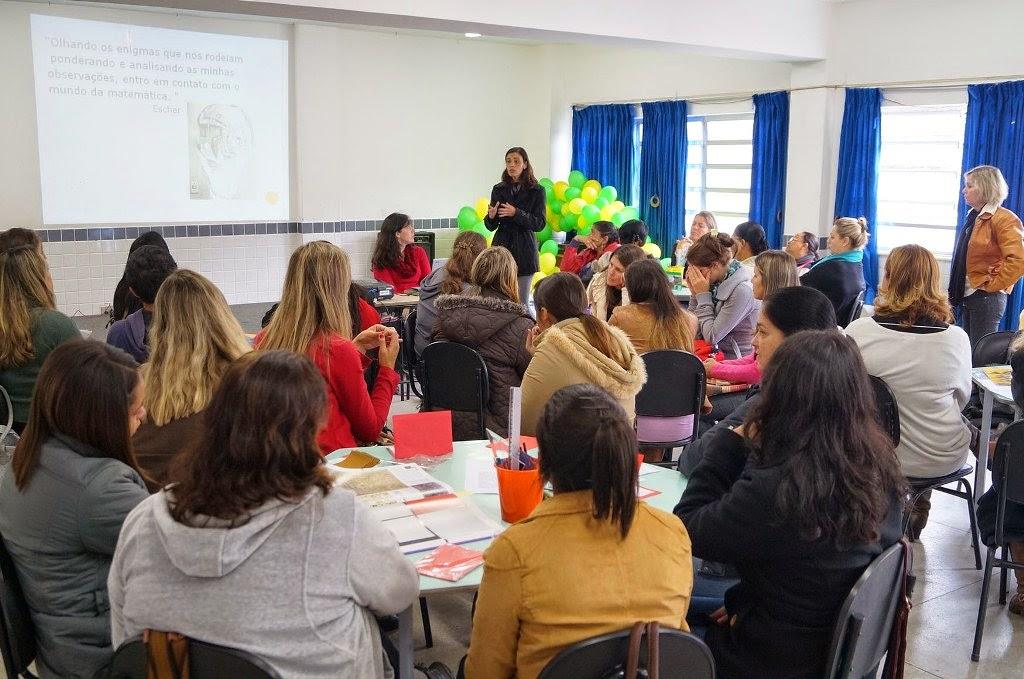 Professoras dos 4° e 5° anos participam da formação Artemática