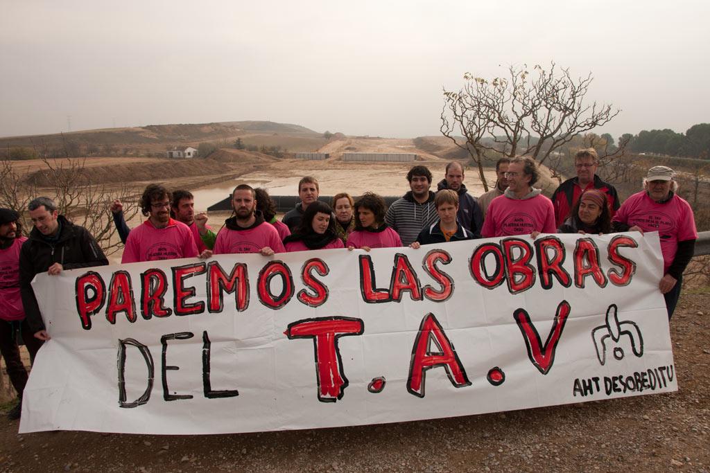 Una concentración anterior ante las obras del TAV en Navarra...