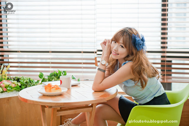 1 Lee Eun Hye in Blue-very cute asian girl-girlcute4u.blogspot.com