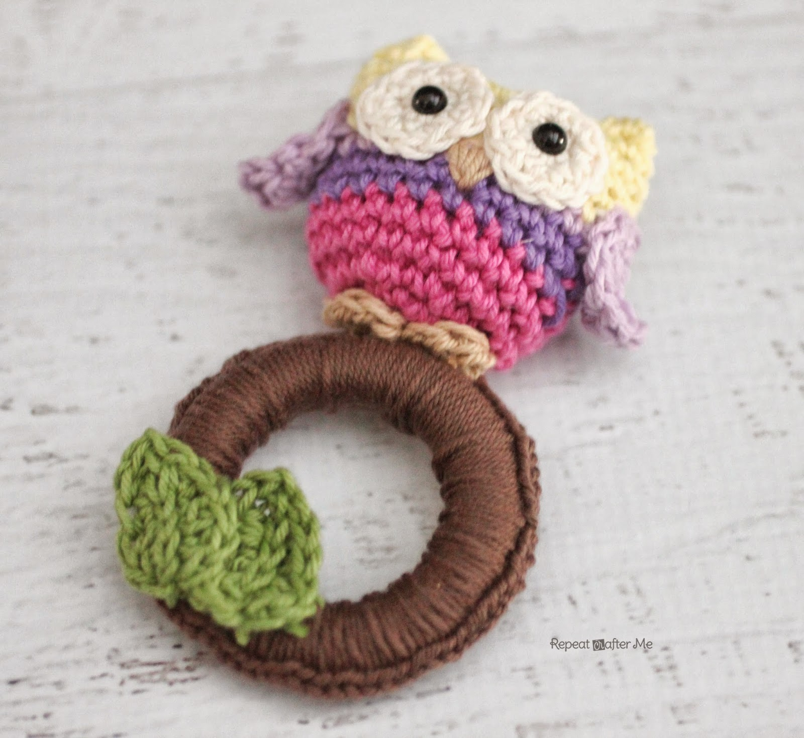 Free Crochet Pattern For Baby Toys : Repeat Crafter Me: Crochet Owl Ring Baby Toy