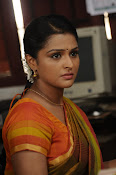 Ramya Nambeesan latest photos-thumbnail-10