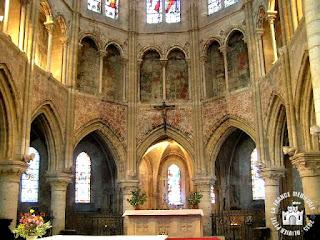 http://lafrancemedievale.blogspot.fr/2015/07/les-andelys-27-eglise-saint-sauveur_16.html