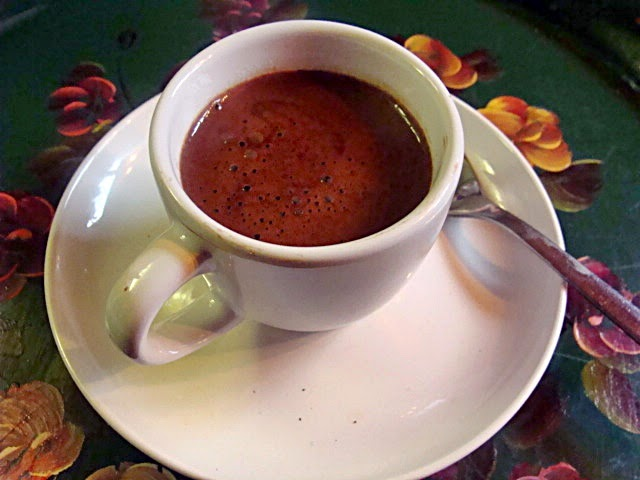 MAKE LUSCIOUS,VELVETY DRINKING CHOCOLATE WITH THIS HOMEMADE MIX